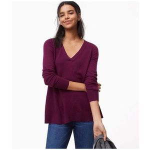Ann Taylor LOFT Loose-Fit V-Neck Tunic Sweater